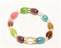 Bild von Armband hell bunt mit länglichen Steinen mit Herzanhänger